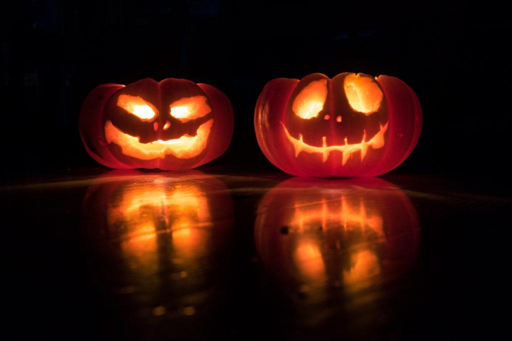 Hoe Maak Je Halloween Pompoenen.Halloween Pompoen Snijden Inspiratie En Instructie Change
